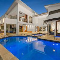 luxury pool sunshine coast