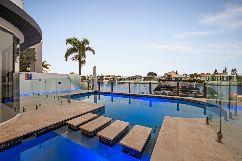 luxury pool builder sunshine coast